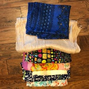 Accessories - Seven days of style-bundle of scarves